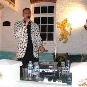 UK Comedian The Jacket Madline Roberts story
