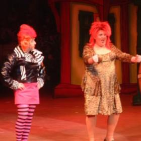 Ugly Sisters , Comedian Rodger Kitter